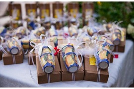 Positano pottery wedding favors