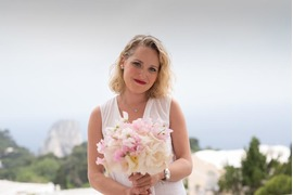 Bridal bouquet in white and pink