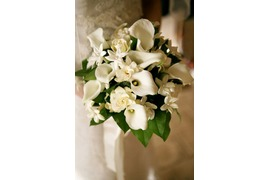 Bridal bouquet with white calla lilies for wedding in Capri