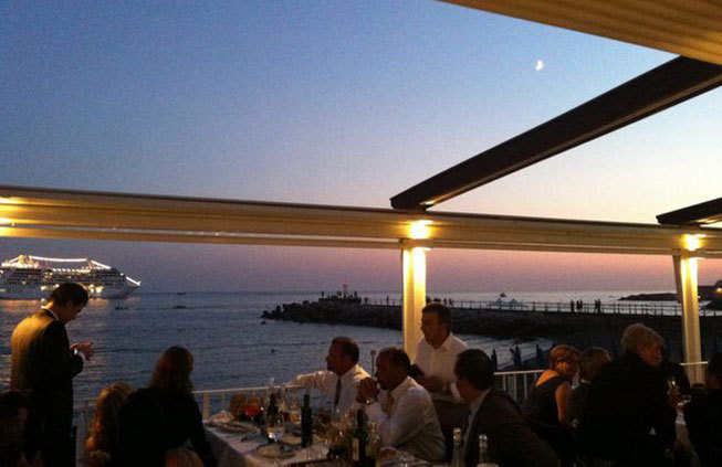 Amalfi beach restaurant