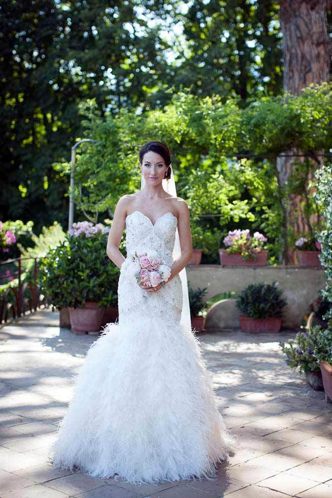 Portrait of a bride before the ceremony in Ravello