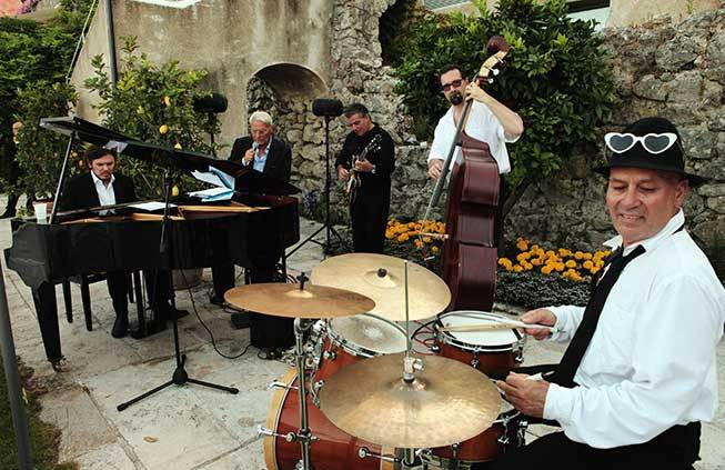 jazz music for wedding cocktail