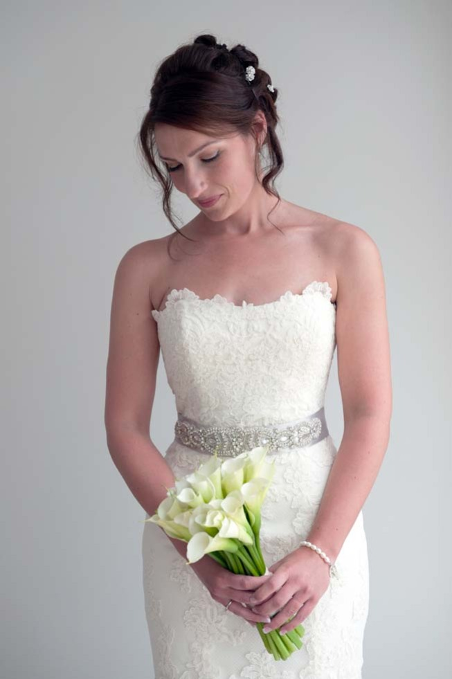 Bridal bouquet with white calla lilies
