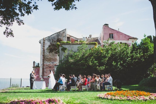 Outdoor wedding ceremony in Ravello