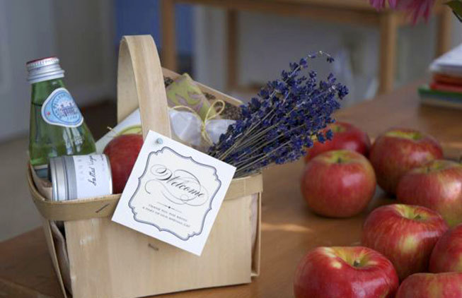 Services: Welcome basket for wedding guests