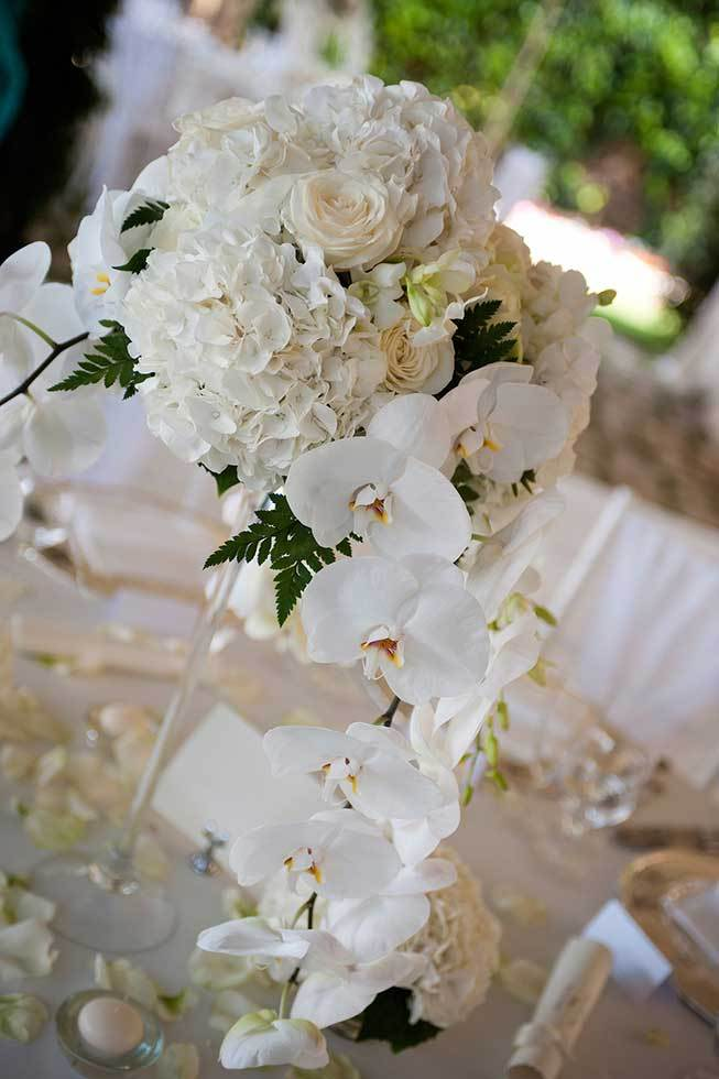 White orchids for wedding banquet in Ravello
