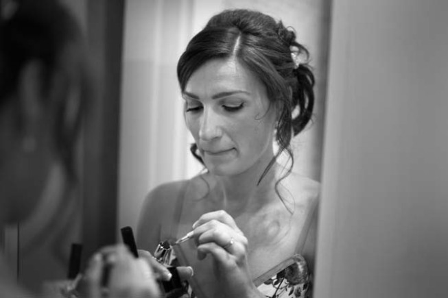 Bride getting ready for the ceremony in Sorrento