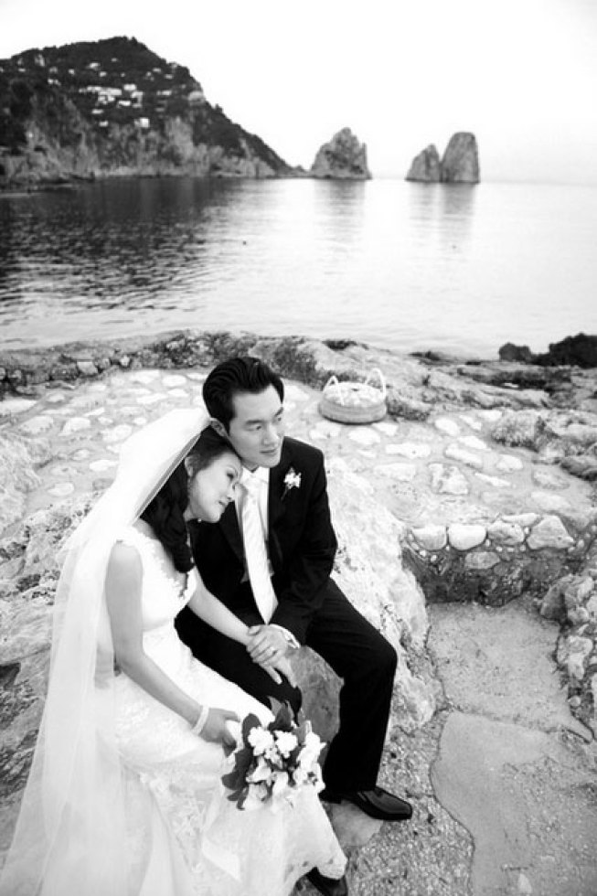 Bridal couple in Capri