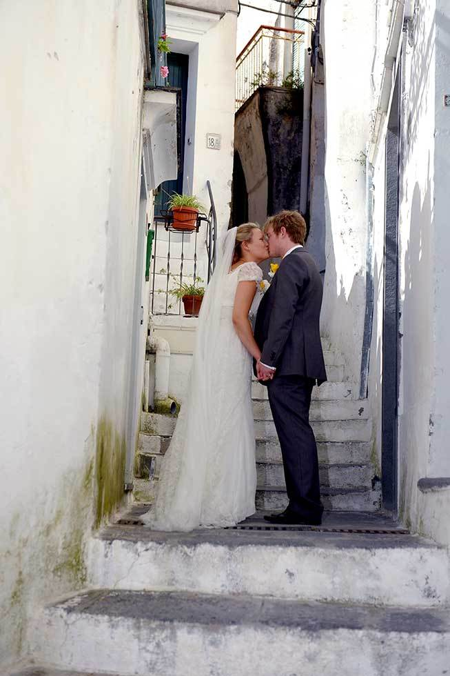 Bridal couple getting married in Atrani