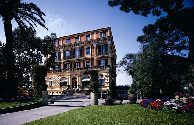Historical hotel in Sorrento